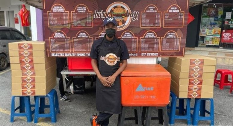 Burger Boy to the Rescue! – Free Burgers for All in Need